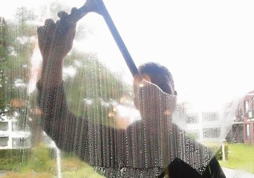 Ervaren glazenwasser in regio Nijmegen